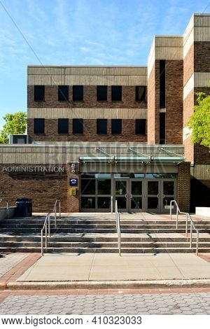 STONY BROOK, NEW YORK - 24 MAY 2015: The Administration building on the Stony Brook University campus.