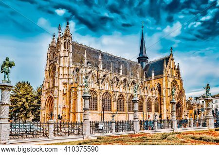 Brussels, Belgium- 07, July 2016 : Notre Dame Du Sablon's Cathedral In Brussels, Belgium And The Eur