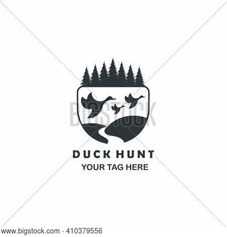 Three Duck Hunt Tree Logo Line Art Emblem Vector Template Illustration Design
