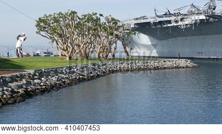 San Diego, California Usa - 15 Jan 2020: Uss Midway Military Aircraft Carrier, Historic War Ship. Na