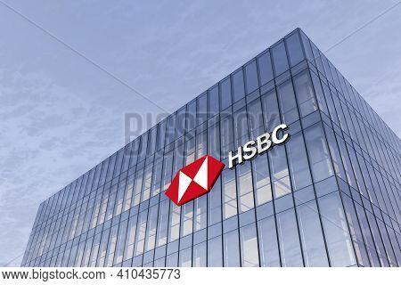 London, United Kingdom. February 19, 2021. Editorial Use Only, 3d Cgi. Hsbc Signage Logo On Top Of G