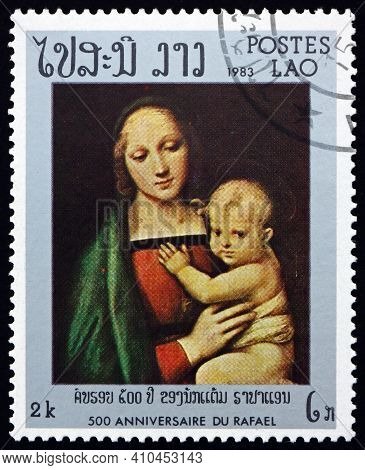 Laos - Circa 1983: A Stamp Printed In Laos Shows Granduca Madonna, From Pitti Gallery, Florence, Pai