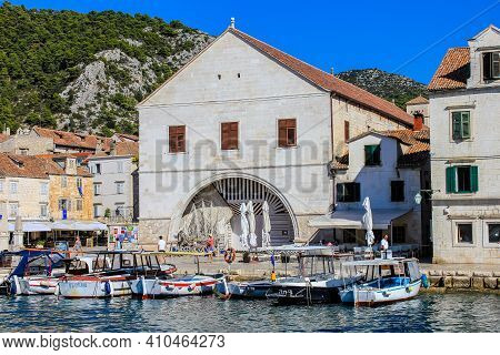 Hvar, Croatia - October 2, 2011: View Of Traditional Old Houses In Hvar On A Sunny Day
