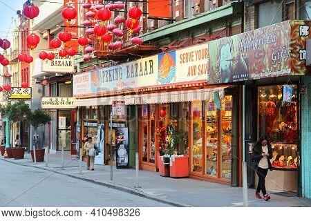 San Francisco, Usa - April 9, 2014: People Visit Chinatown In San Francisco, Usa. San Francisco Chin