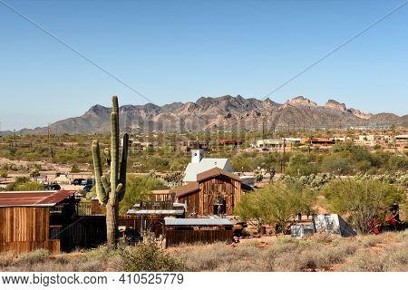 APACHE JUNCTION, AZ - DECEMBER 8, 2016: Superstition Mountain Museum in Apache Junction, Arizona.