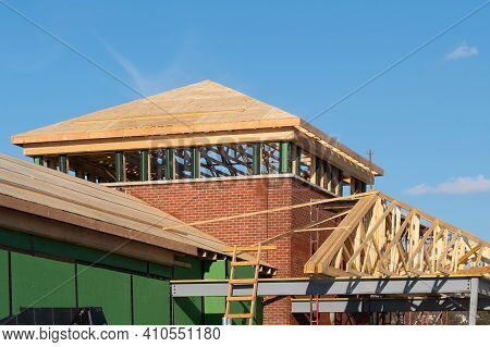 Rafters And Plywood Roof Wood New Frame Roodtop