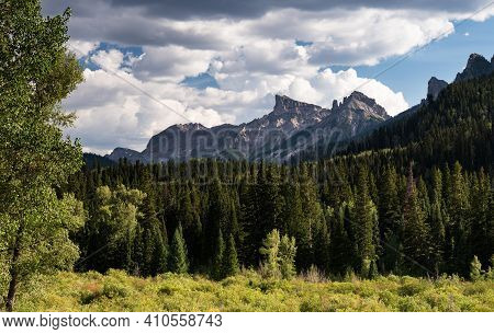 13,144 Foot / 4,006 Meter Precipice Peak And 12,742 Foot / 3,884 Meter Dunsimere Mountain Dominate T