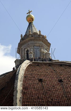 Firenze, Italy - April 21, 2017: Tourists On The Brunelleschi Cupola In Florence, Firenze, Tuscany,