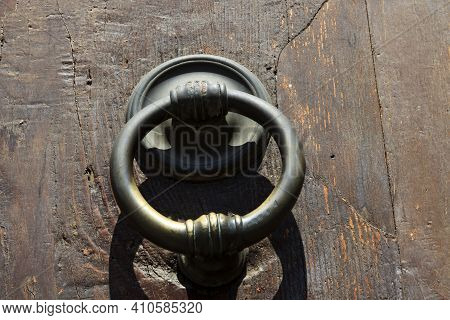 Firenze, Italy - April 21, 2017: An Old Knocker On A Door In Florence, Firenze, Tuscany, Italy