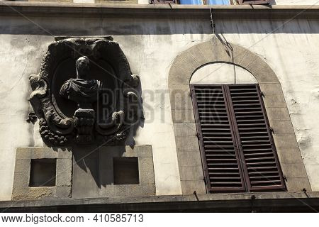Firenze, Italy - April 21, 2017: The Pitti-mannelli Palace Facade, Florence, Firenze, Tuscany, Italy