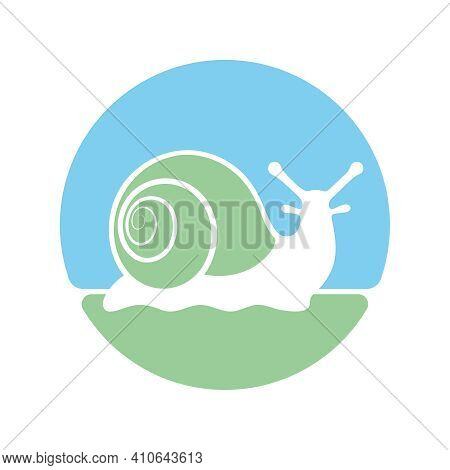 Snail Graphic Icon. Snail Symbol In The Circle Isolated On White Background. Logo. Vector Illustrati