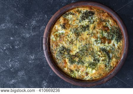 Ceramic Bowl With Vegetable Frittata, Simple Vegetarian Food. Frittata With Egg, Pepper, Onion, Broc