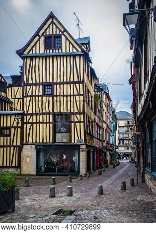 Rouen, France, Oct 2020, View Of A Medieval Half-timbered House At Barthélémy Square A Cobblestoned