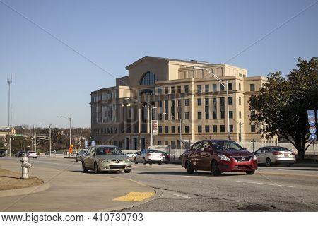 Atlanta, Ga Usa - 03 07 20: Downtown Atlanta Georgia Nathan Deal Justice Center And City Traffic