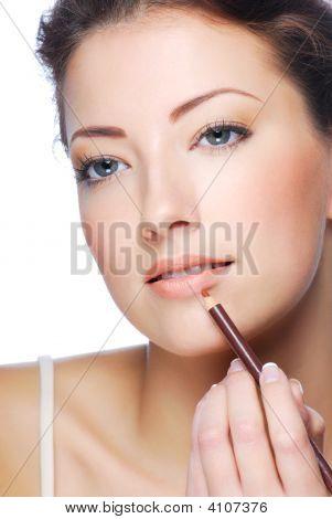 Applying Lipstick Using Lip Concealer Brush