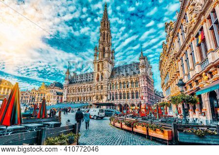 Brussels, Belgium - July 07, 2016 : City's Town Hall On Grand Place (grote Markt), The Central Squar