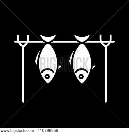 Smoked Fish Dark Mode Glyph Icon. Roasted Seafood. Grilled Salmon, Barbecue Tuna. Foodstuff Producti
