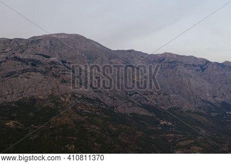 Beautiful Mountain View At The Seacoast In Makarska Riviera, Brela, Croatia, Europe. High Mountain P