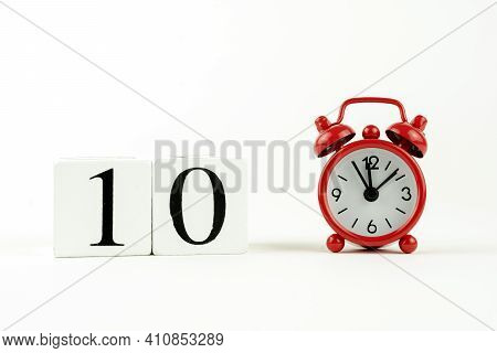 Perpetual Calendar On The Tenth Day . Payday, 10th Day Of Each