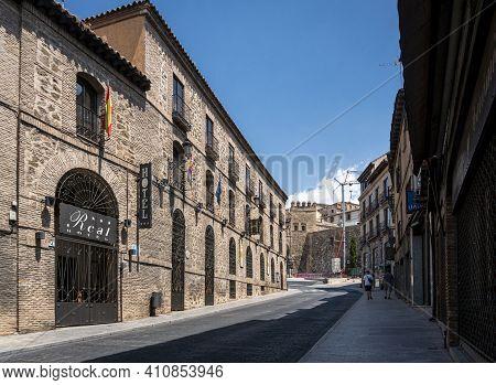 Toledo, Spain, July 2020 - Street View Of The City Of Toledo, Spain