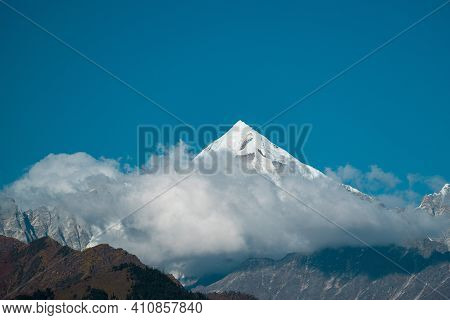 Clouds Uncover From Panchachuli Peaks In Munsyari, Uttarakhand India