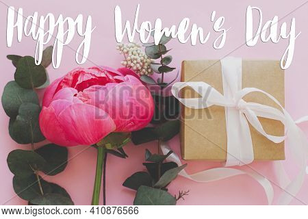 Happy Womens Day Greeting Card. Stylish Handwritten Text Sign On Modern Fresh Bouquet And Simple Gif