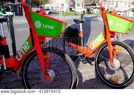 Bordeaux , Aquitaine France - 03 03 2021 : Lime App Sign And Logo Of Rent Bike E-scooter Rental Elec