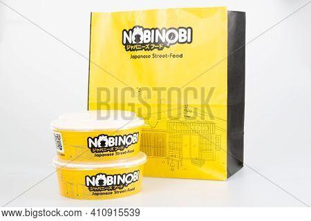 Bordeaux , Aquitaine France - 02 25 2021 : Nobinobi Bag With Sign Logo Of Japanese Street Food Resta