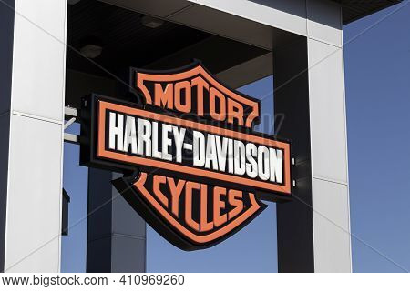 Lafayette - Circa March 2021: Harley Davidson Logo And Signage. Harley Davidson Is Attempting To Upd