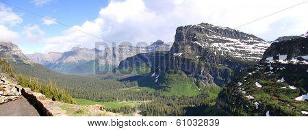 Panoramic view of Logan pass in Montana