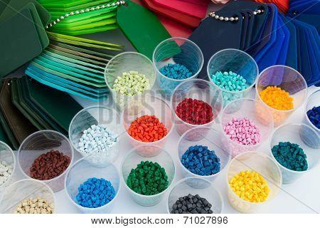 dyed polymer resins