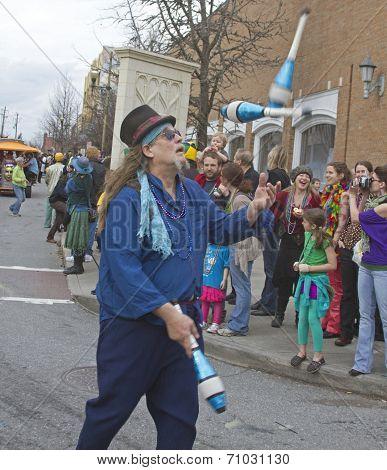 Parade Juggler
