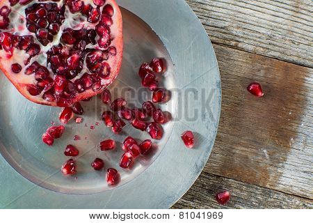 Red Pmoegranite With Fruit Seeds
