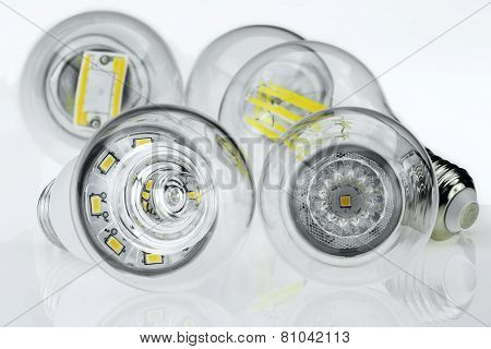Eco E27 Bulbs With Different Led Chips And Light Scattering