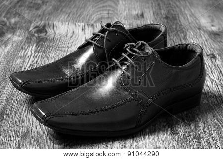 leather classic style shoes
