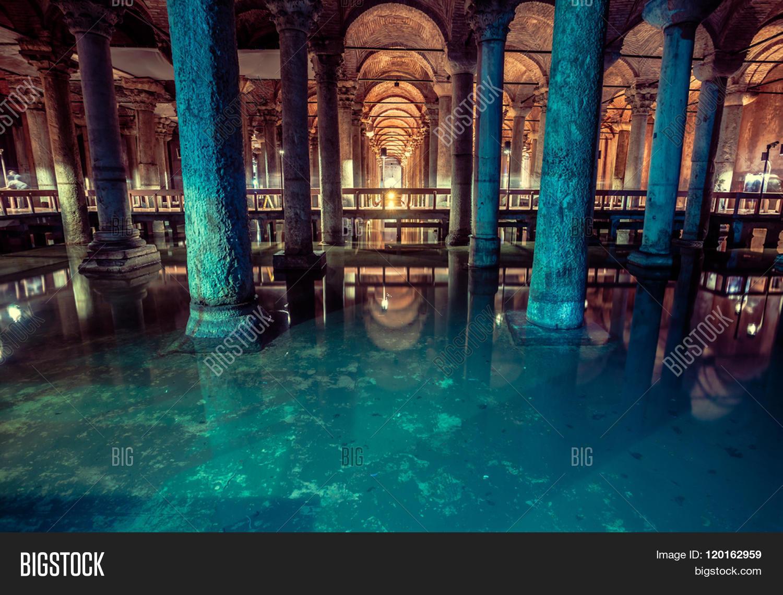 Basilica Cistern Large...
