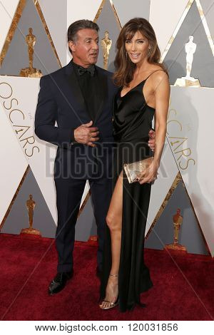 LOS ANGELES - FEB 28:  Sylvester Stallone, Jennifer Flavin at the 88th Annual Academy Awards - Arrivals at the Dolby Theater on February 28, 2016 in Los Angeles, CA