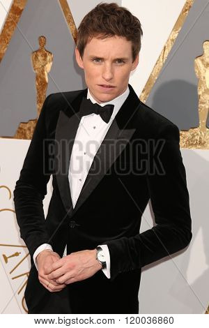 LOS ANGELES - FEB 28:  Eddie Redmayne at the 88th Annual Academy Awards - Arrivals at the Dolby Theater on February 28, 2016 in Los Angeles, CA