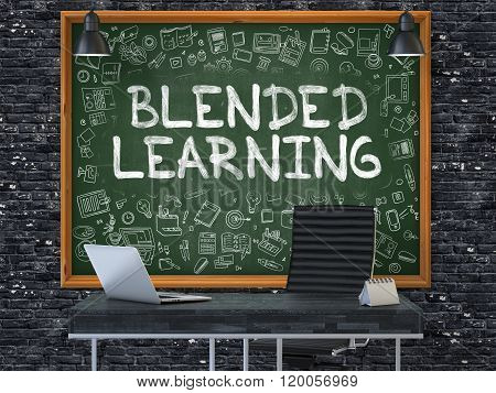 Blended Learning on Chalkboard in the Office.