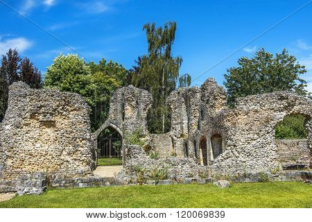 Ruins Of Wolvesey Castle, Winchester, England