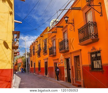 SAN MIGUEL DE ALLENDE, MEXICO - DECEMBER 27, 2014 Town Street Tourists Hotels San Miguel de Allende Mexico.