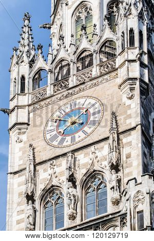 Famous Rathaus-Glockenspiel (Clock Tower) in Marienplatz in Munich.