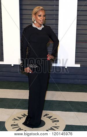 LOS ANGELES - FEB 28:  Mary J Blige at the 2016 Vanity Fair Oscar Party at the Wallis Annenberg Center for the Performing Arts on February 28, 2016 in Beverly Hills, CA