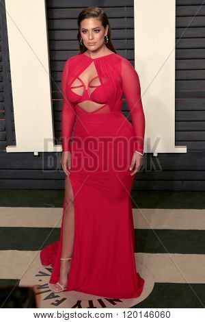 LOS ANGELES - FEB 28:  Ashley Graham at the 2016 Vanity Fair Oscar Party at the Wallis Annenberg Center for the Performing Arts on February 28, 2016 in Beverly Hills, CA