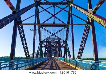 U.S.A,. Missouri, St Louis area, Route 66, the old Chain of Roks bridge on the Mississippi river.