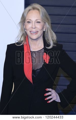 BEVERLY HILLS - FEB 28: Faye Dunaway at the 2016 Vanity Fair Oscar Party on February 28, 2016 in Beverly Hills, California
