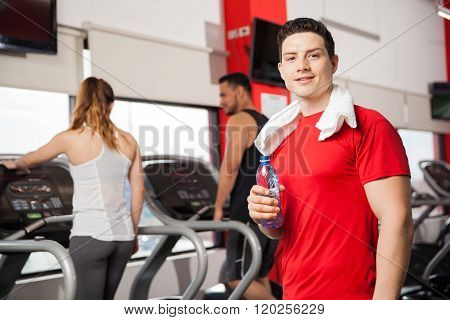 Good Looking Guy Cooling Off In A Gym