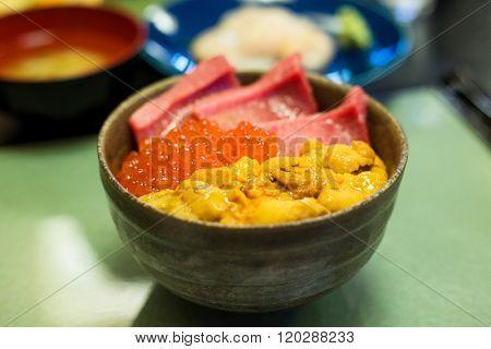 Japanese seafood Donburi