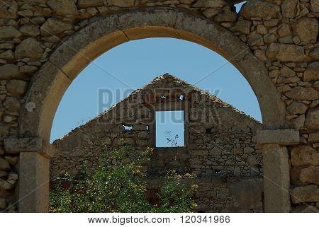 View through an archway of a ruin