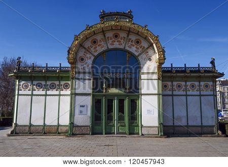Karlsplatz Station In Wien